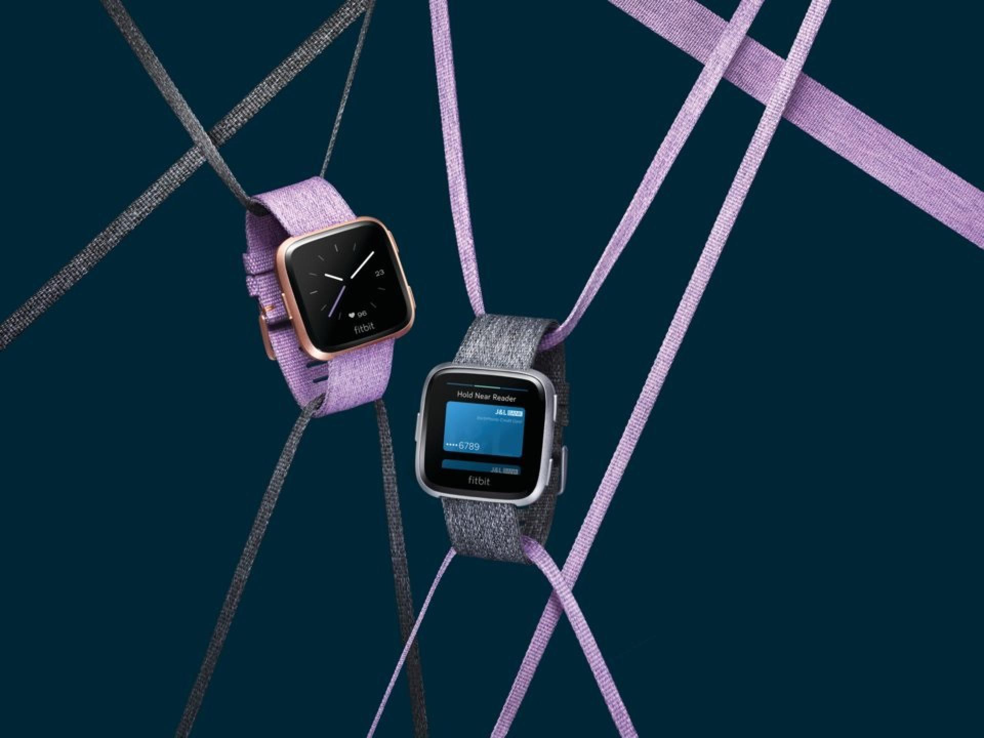 A Fitbit lançou a alternativa ao Apple Watch de que estava à espera