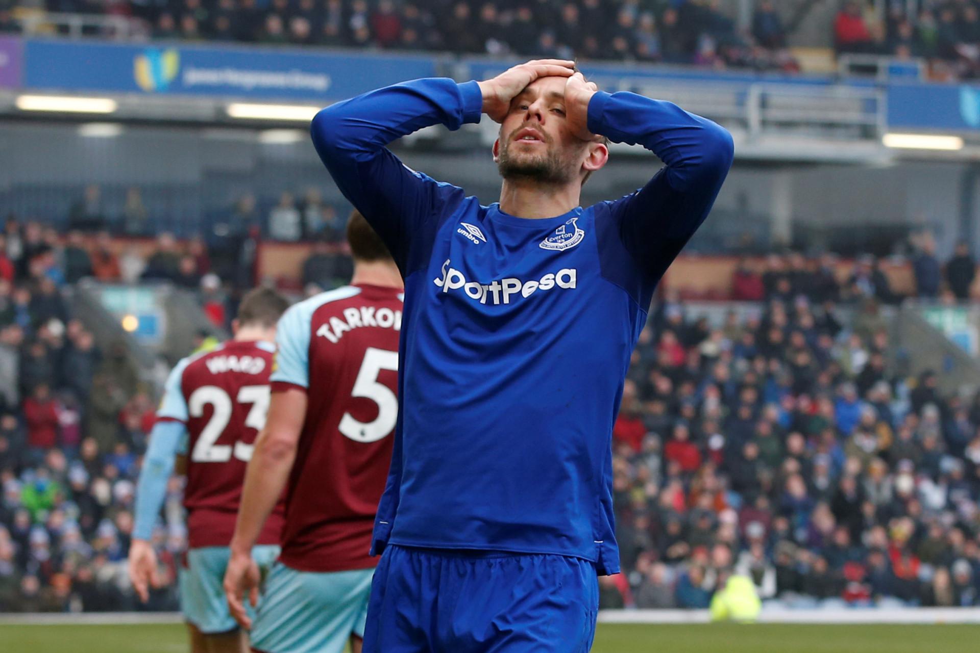 Este é o melhor onze da Premier League (excluindo os seis 'tubarões')