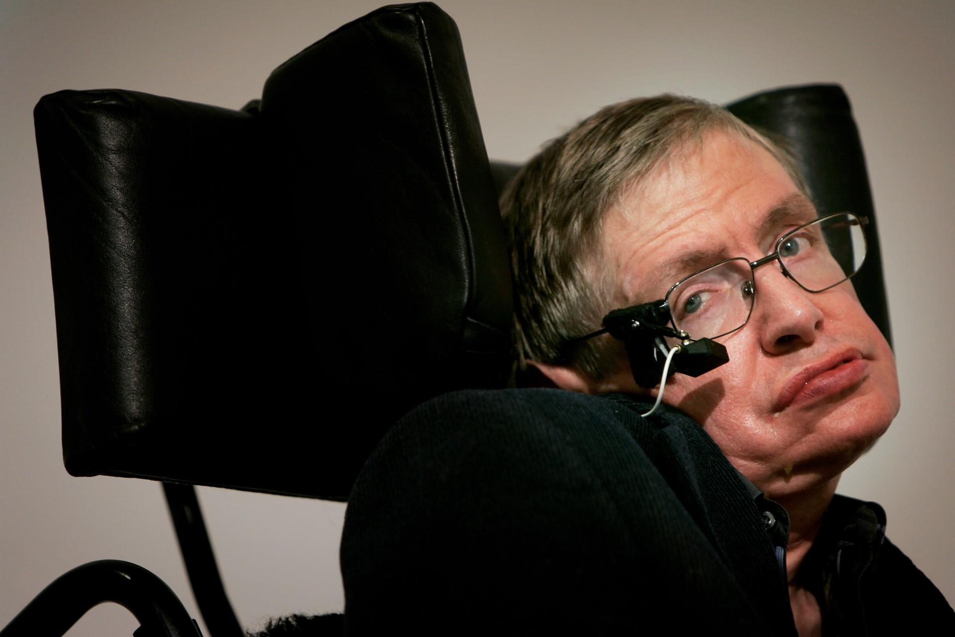 O que dizem as celebridades sobre a morte de Stephen Hawking