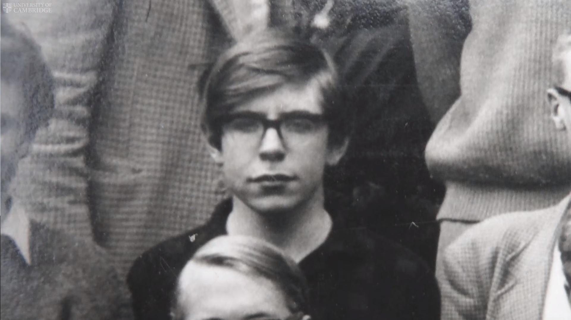 Cambridge partilhou o derradeiro tributo a Stephen Hawking
