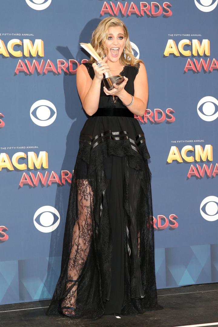 Os artistas que não faltaram aos Academy of Country Music Awards