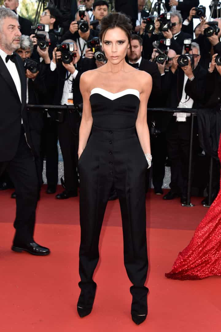 Em dia de festa, veja alguns dos looks de Victoria Beckham