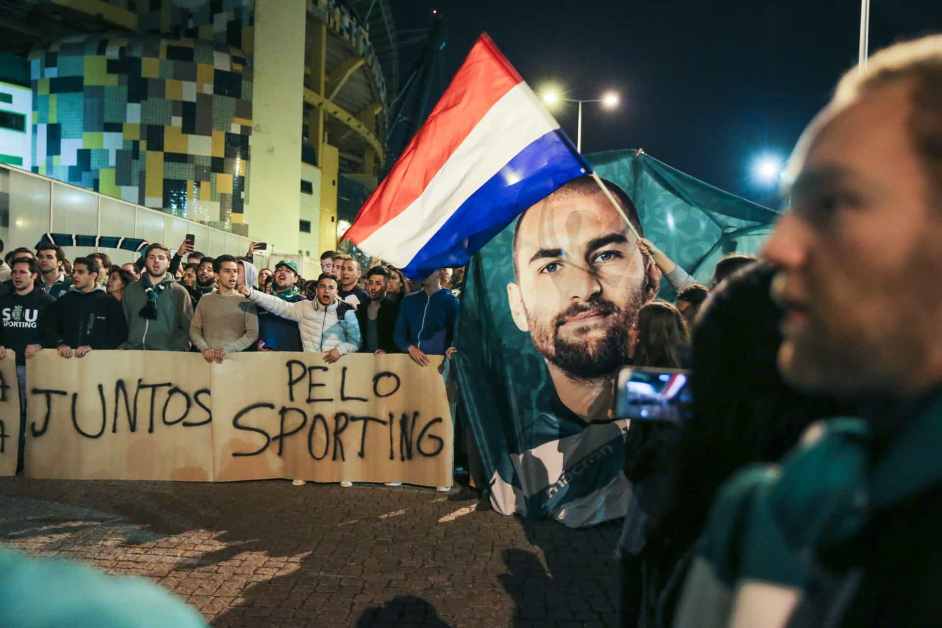 As melhores imagens da manifestação de apoio aos jogadores do Sporting