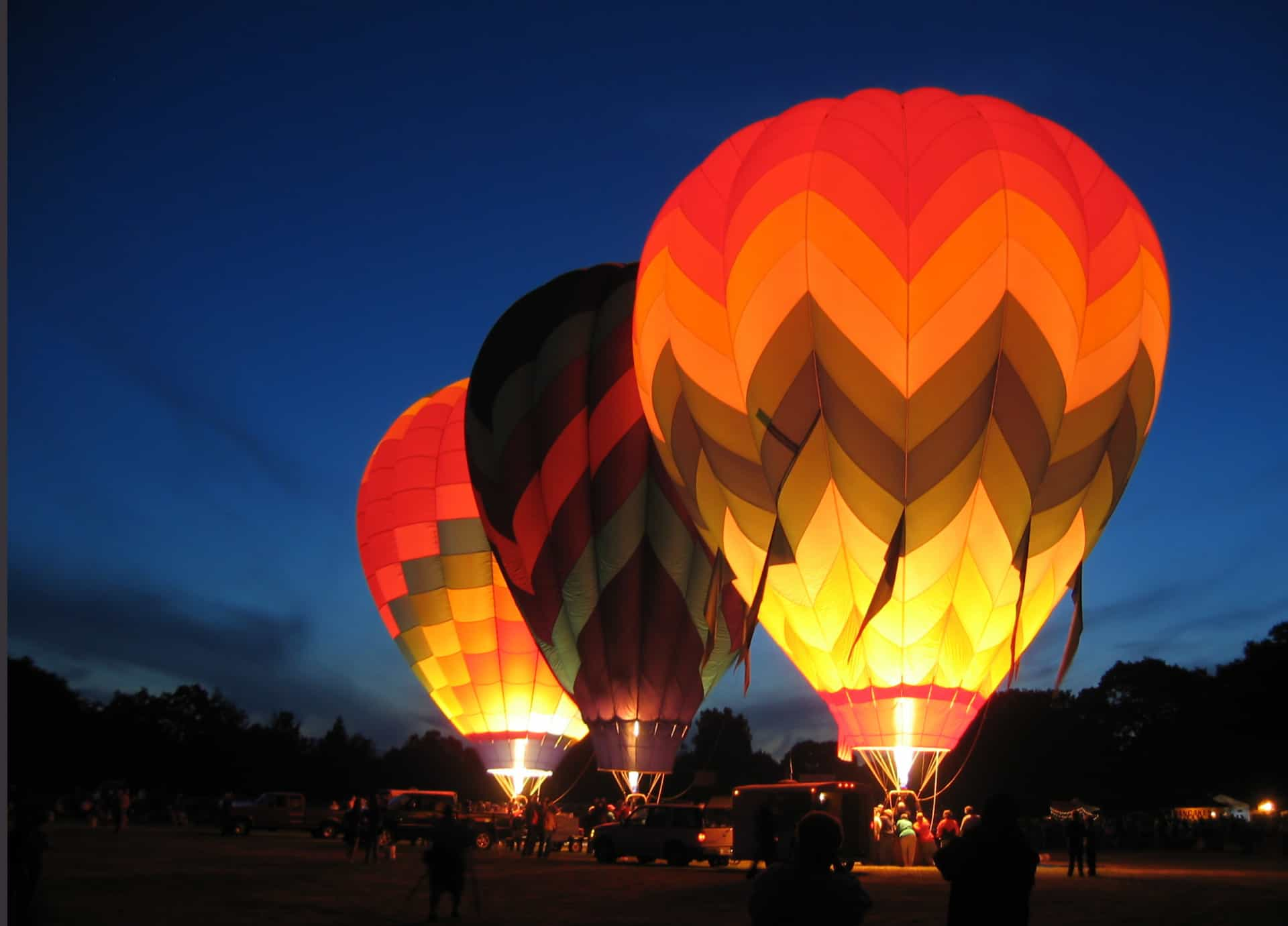 Os melhores destinos para fazer uma viagem de balão