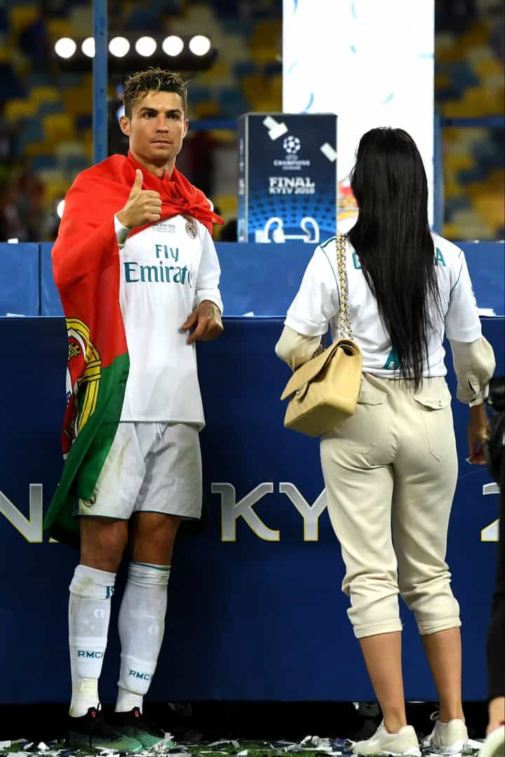 Ronaldo celebra conquista da Liga dos Campeões ao lado do seu amor