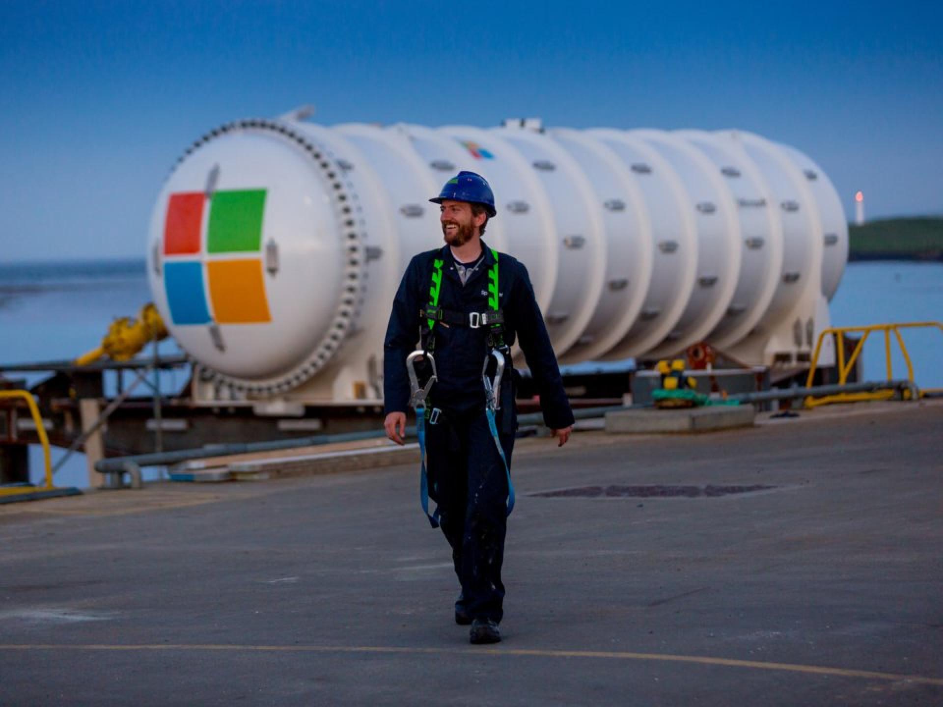 Projeto ambicioso da Microsoft colocará centro de dados debaixo de água