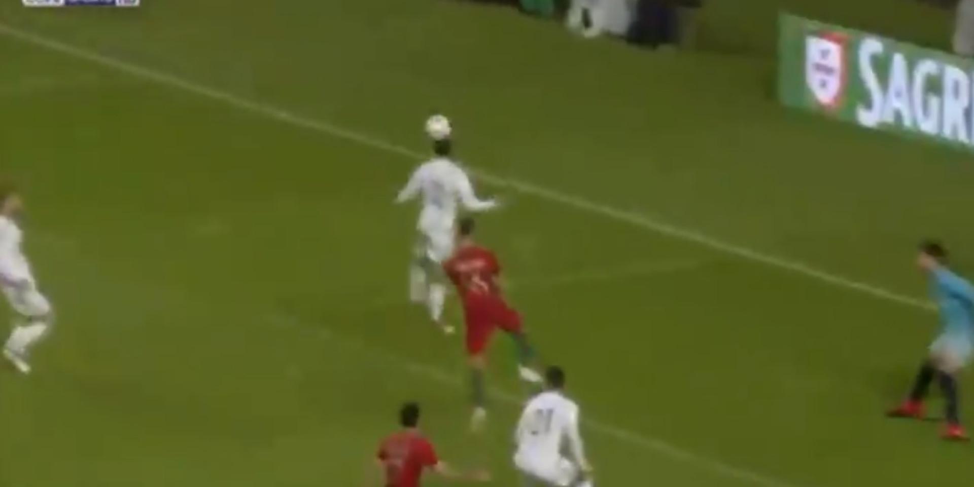Bruno Fernandes estreia-se a marcar pela seleção... de cabeça