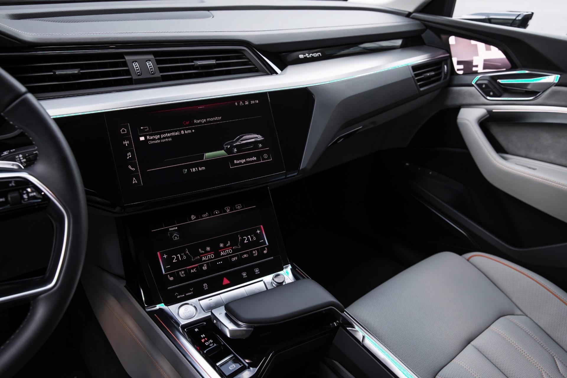 Audi mostra-lhe o interior do seu carro elétrico