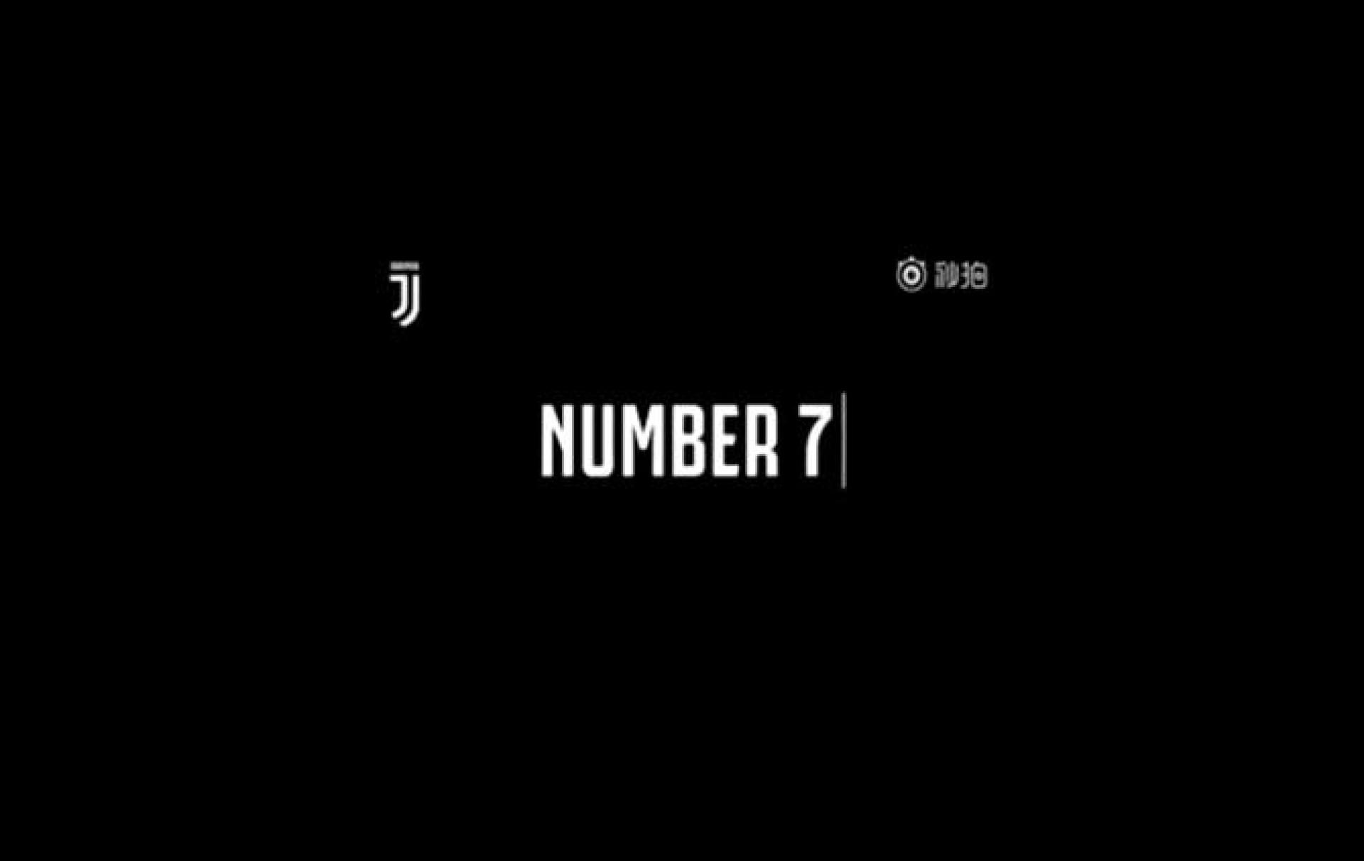 Com Ronaldo a 'chegar', Juventus publica e apaga vídeo com o número...7