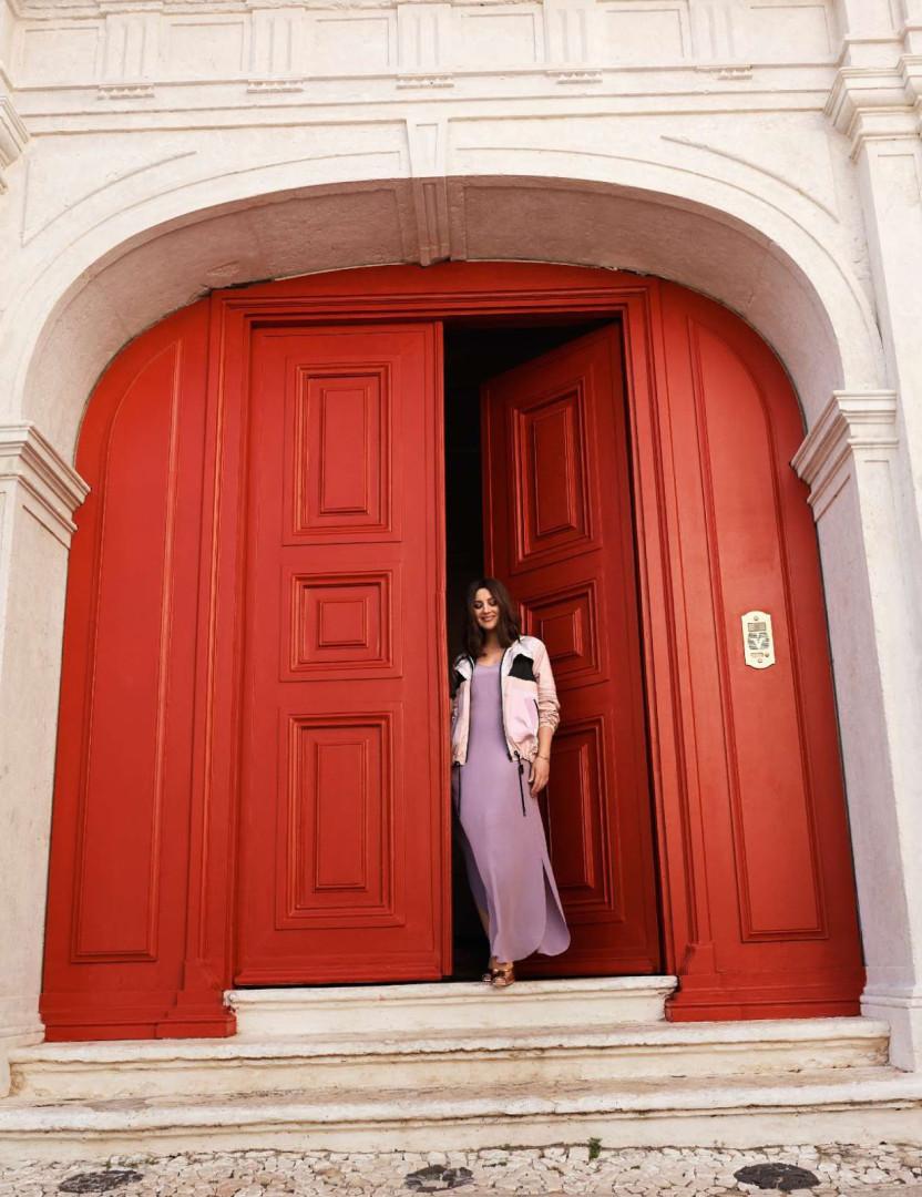 Bairro Alto é pano de fundo da nova produção de Monica Bellucci