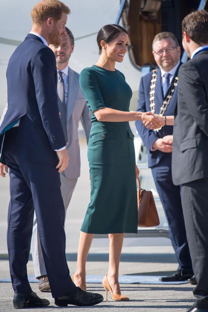Meghan Markle homenageia Irlanda com look