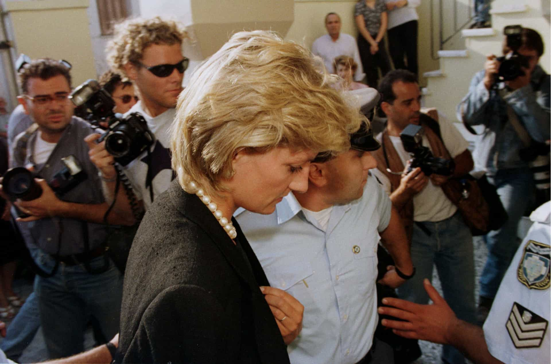 Família real vs Paparazzi: Uma história de amor e ódio