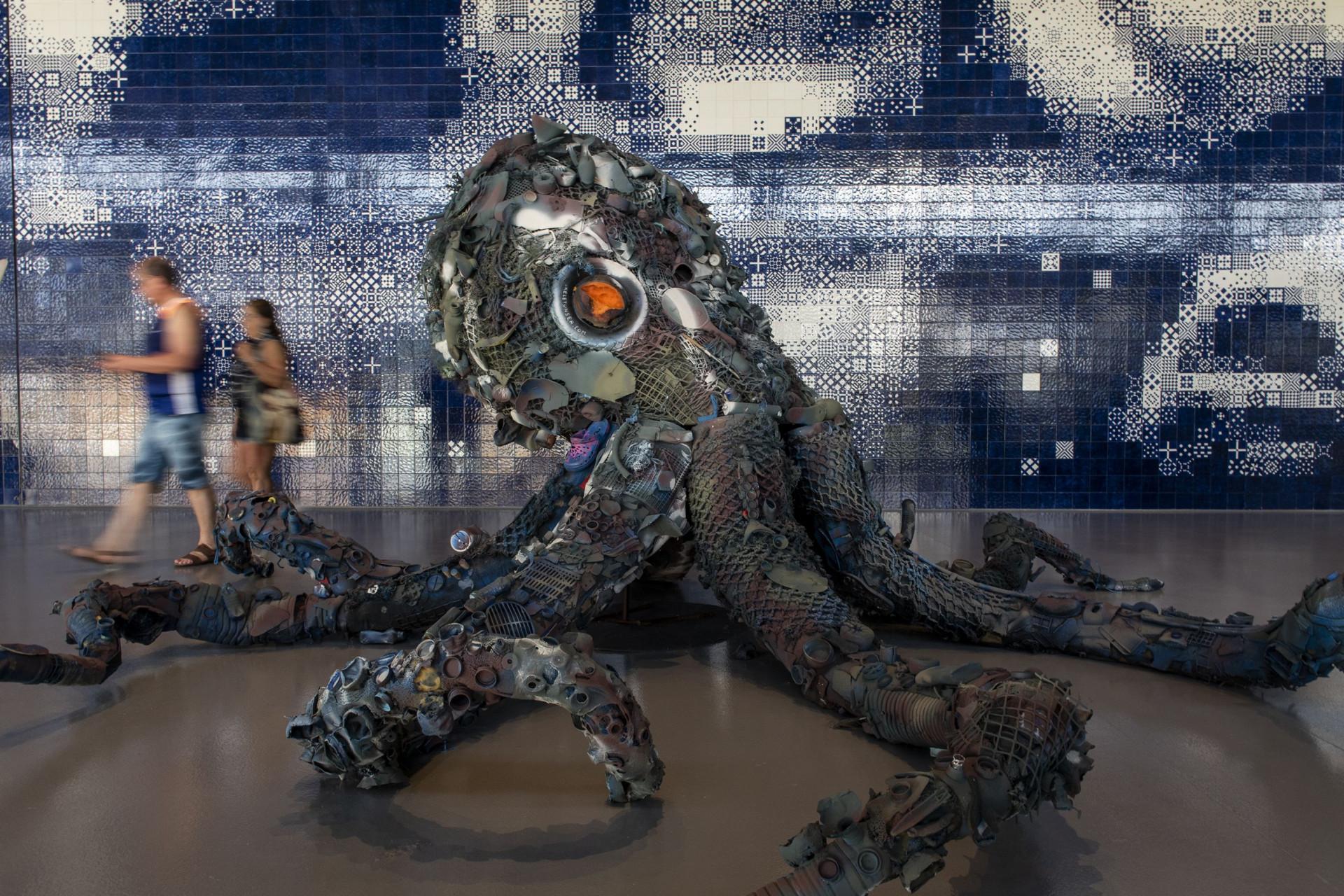 Oceanário de Lisboa inaugura exposição feita com lixo das praias e do mar
