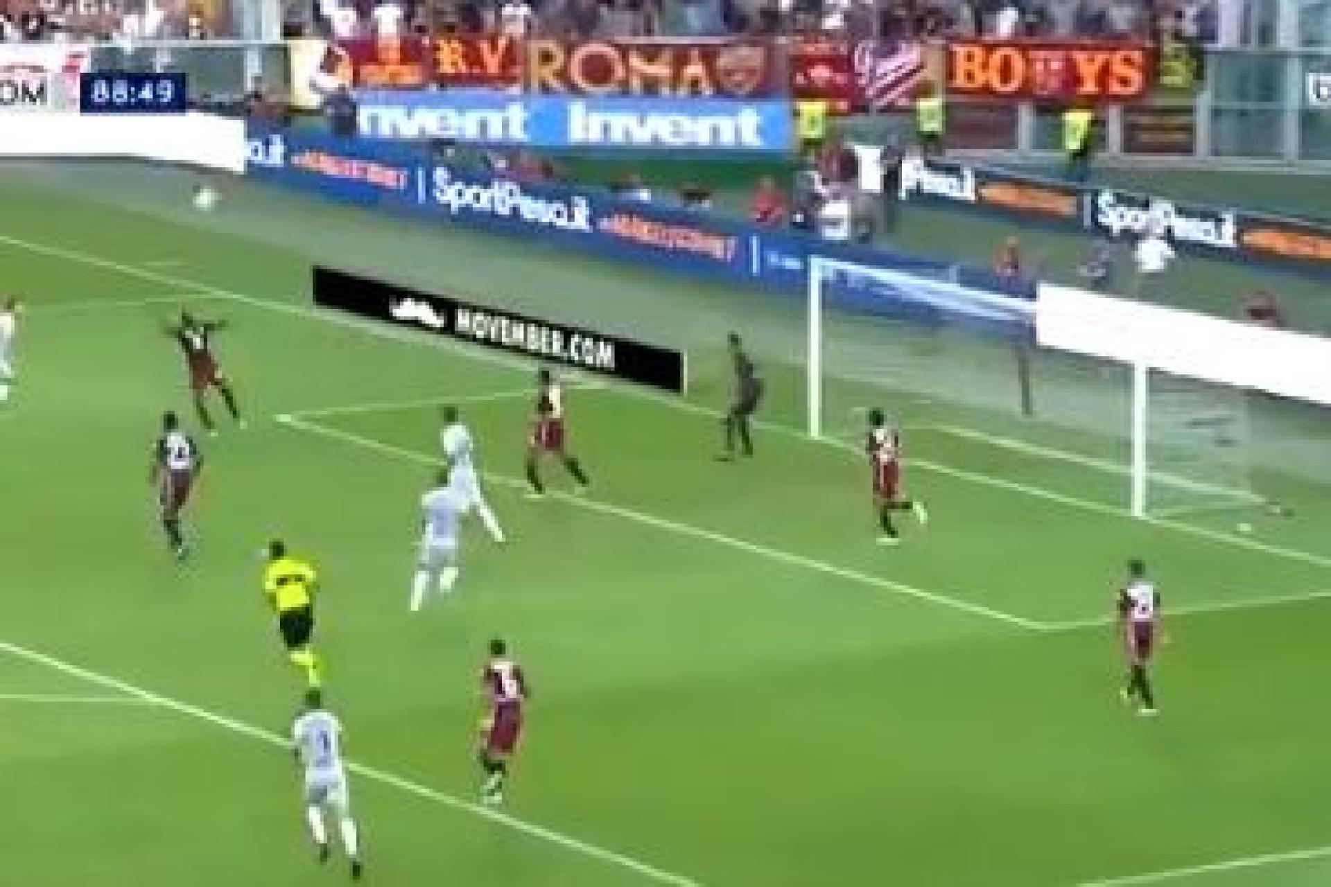 Golaço de Dzeko dá vitória sofrida à AS Roma na estreia na Serie A