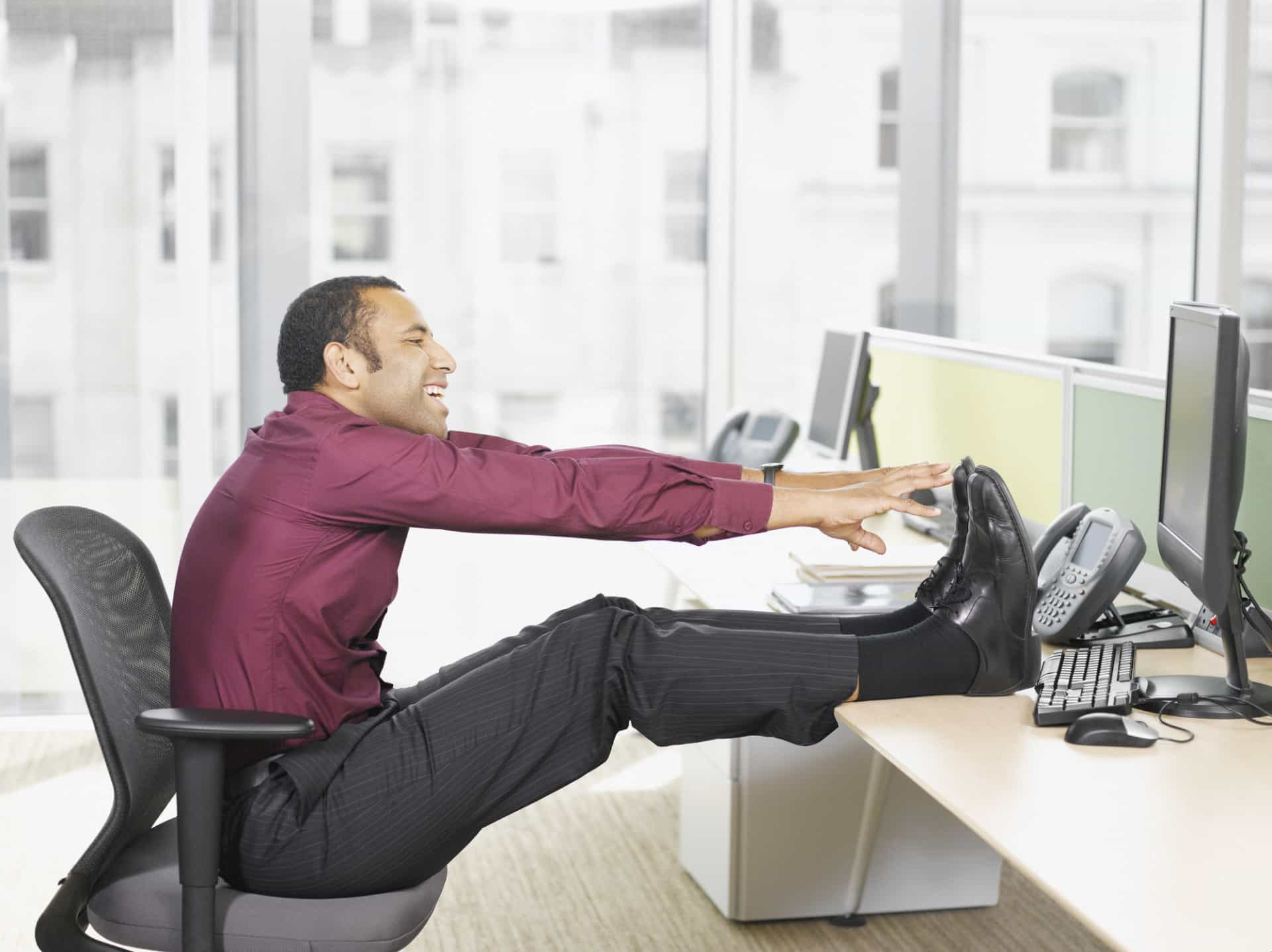 Saiba como pode integrar o exercício físico no trabalho