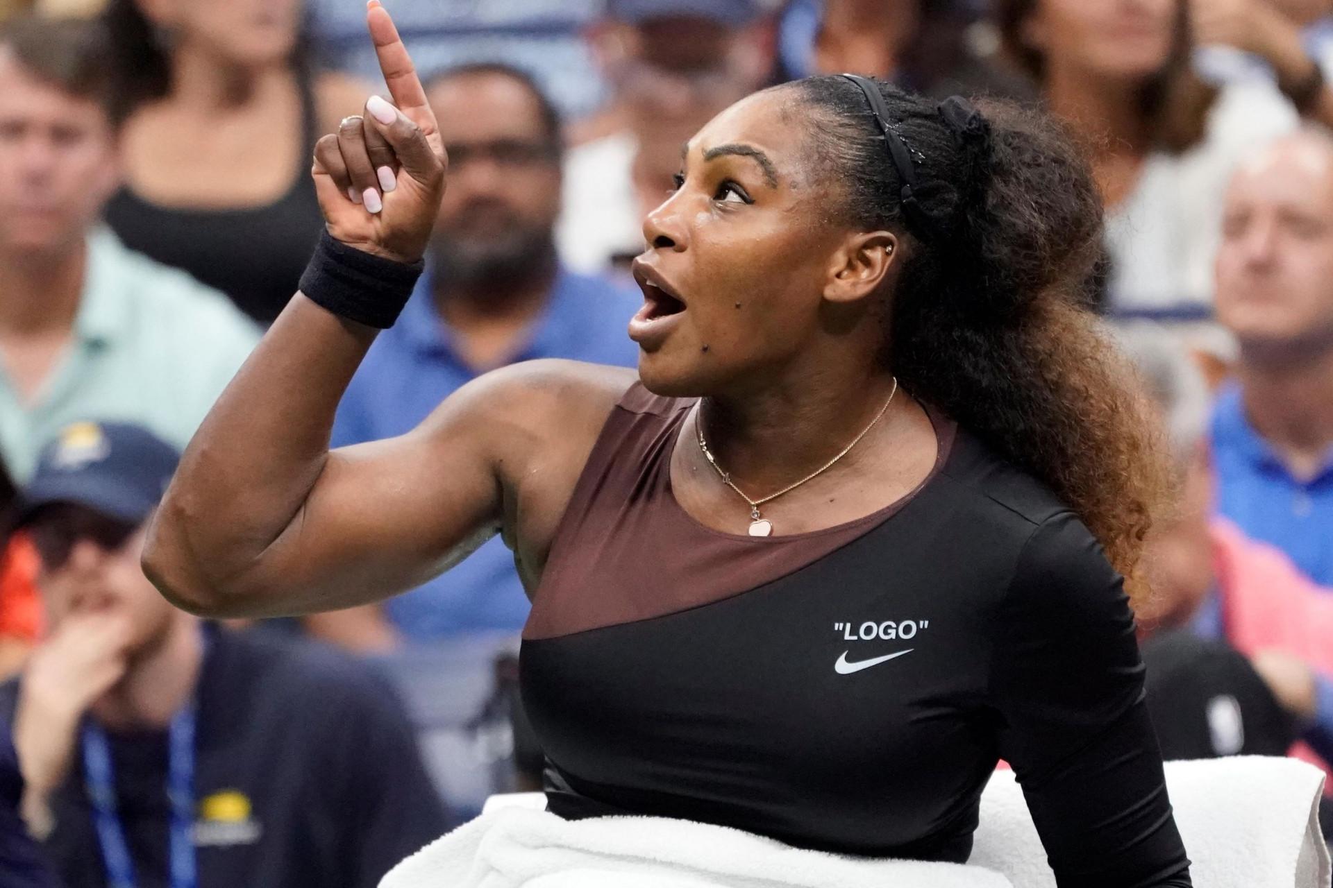 Serena 'arrasou' Carlos Ramos, mas o 'filme' Williams já é antigo