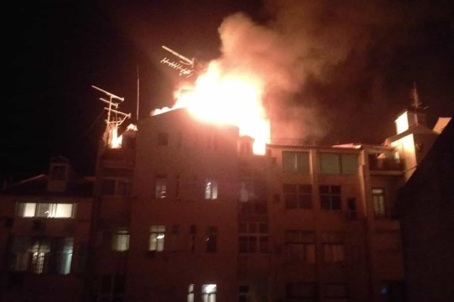 Incêndio deflagrou em prédio em Lisboa. Não há feridos