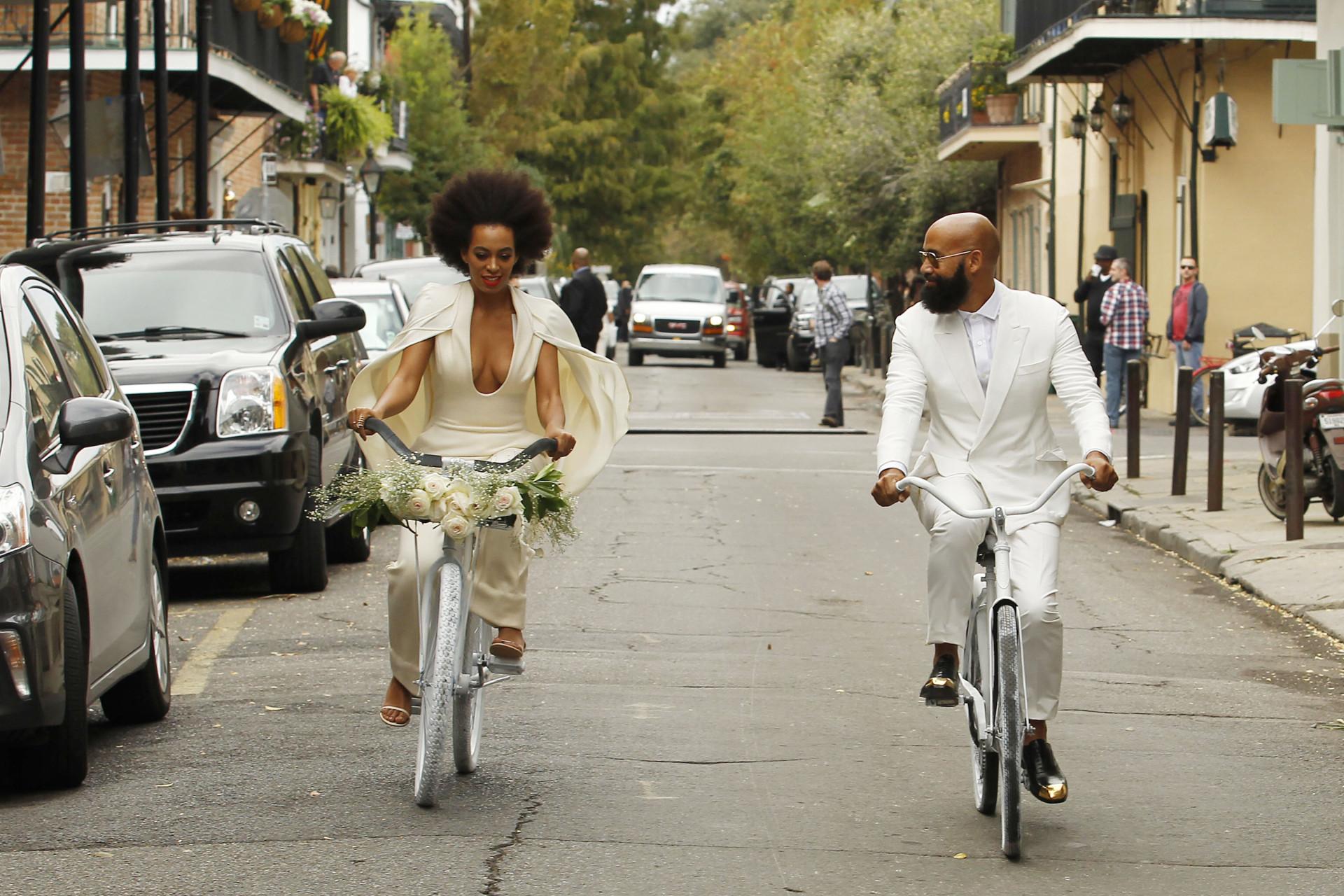 Sobre rodas: As estrelas que não dispensam a bicicleta