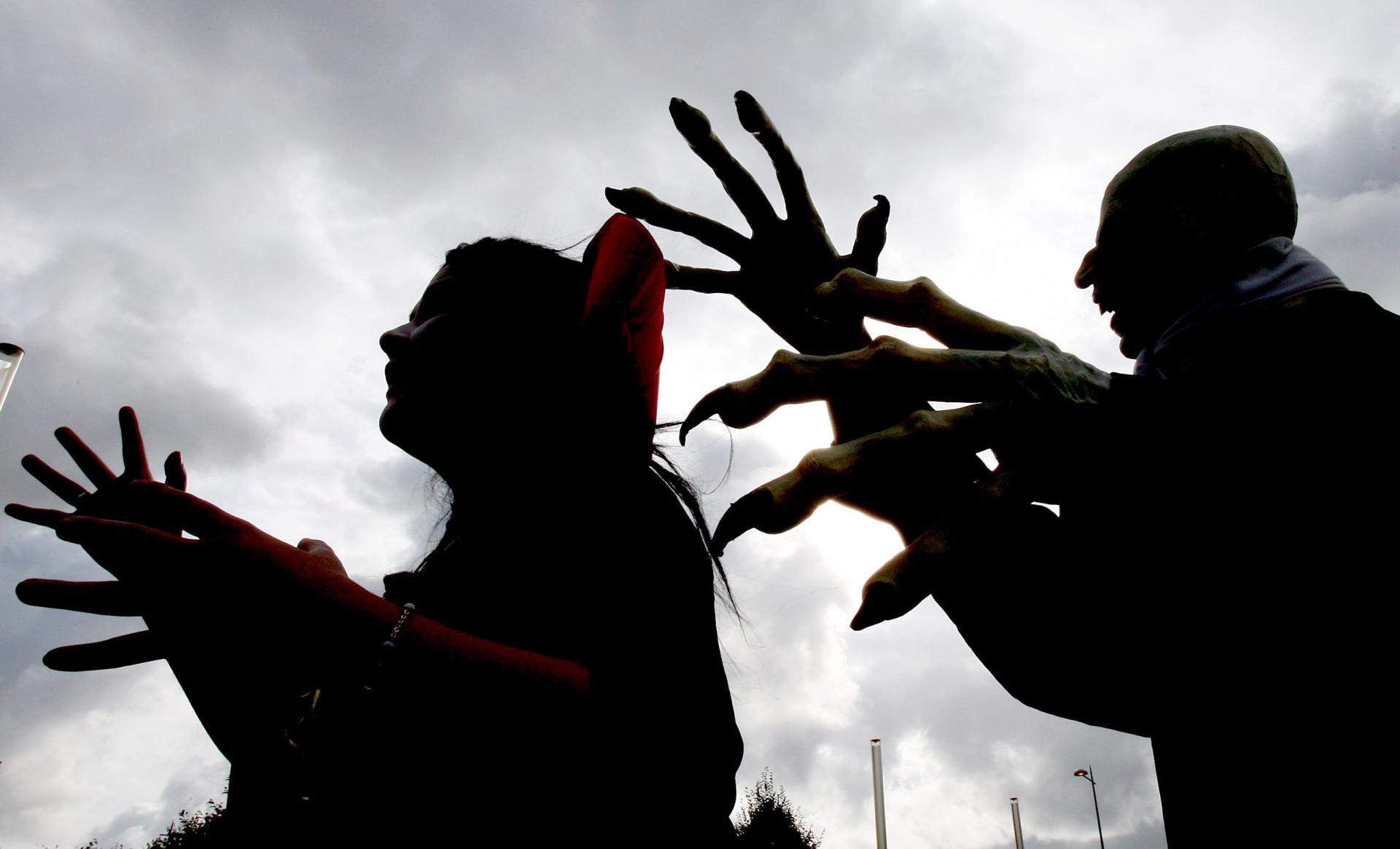 Celebre o Dia das Bruxas com estas músicas assustadoras!
