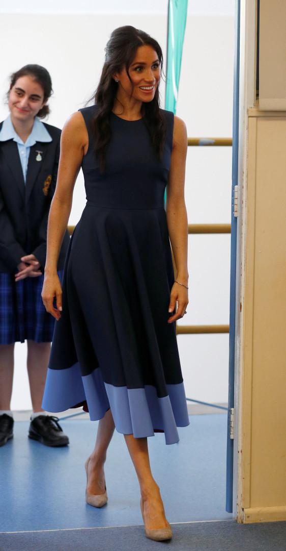 Vestido de 1600 euros usado por Meghan Markle já esgotou
