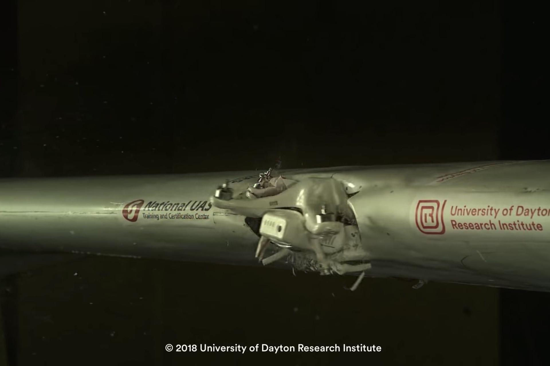 Porque é que os drones são um risco? Este vídeo mostra-lhe