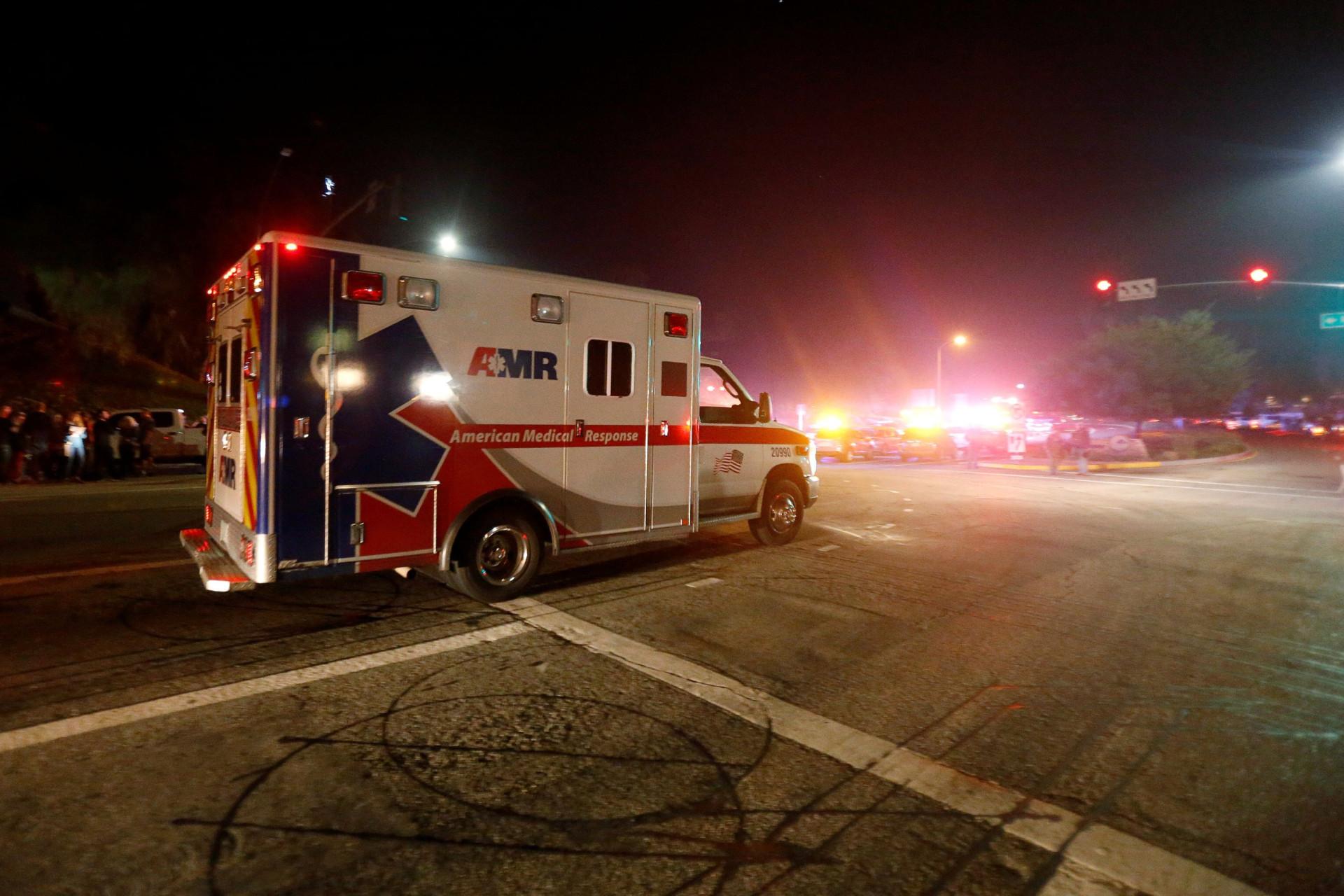Um bar de universitários tornou-se palco do mais recente massacre nos EUA