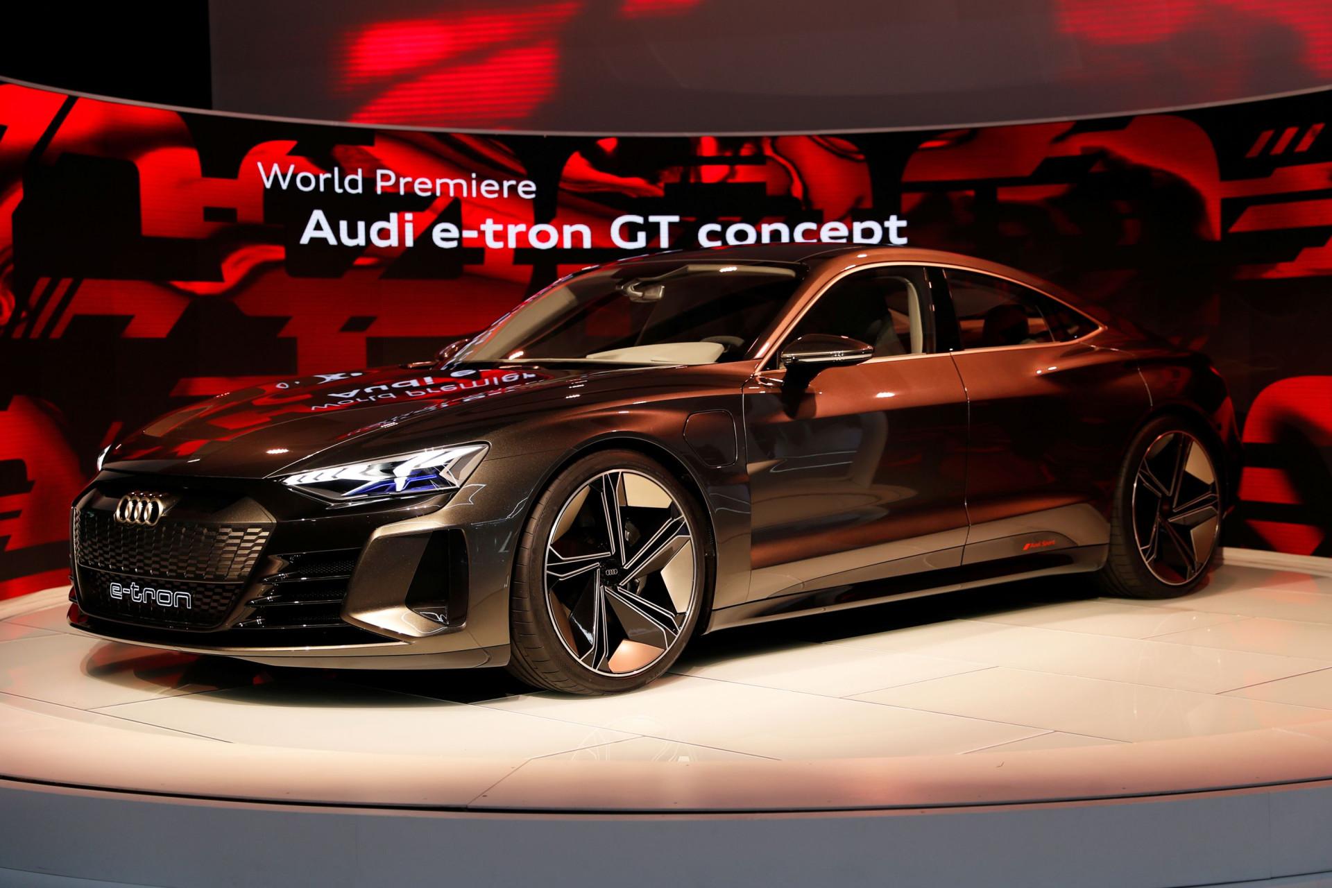 Dê as boas-vindas ao Audi e-tron GT Concept e aos seus incríveis 582 cv