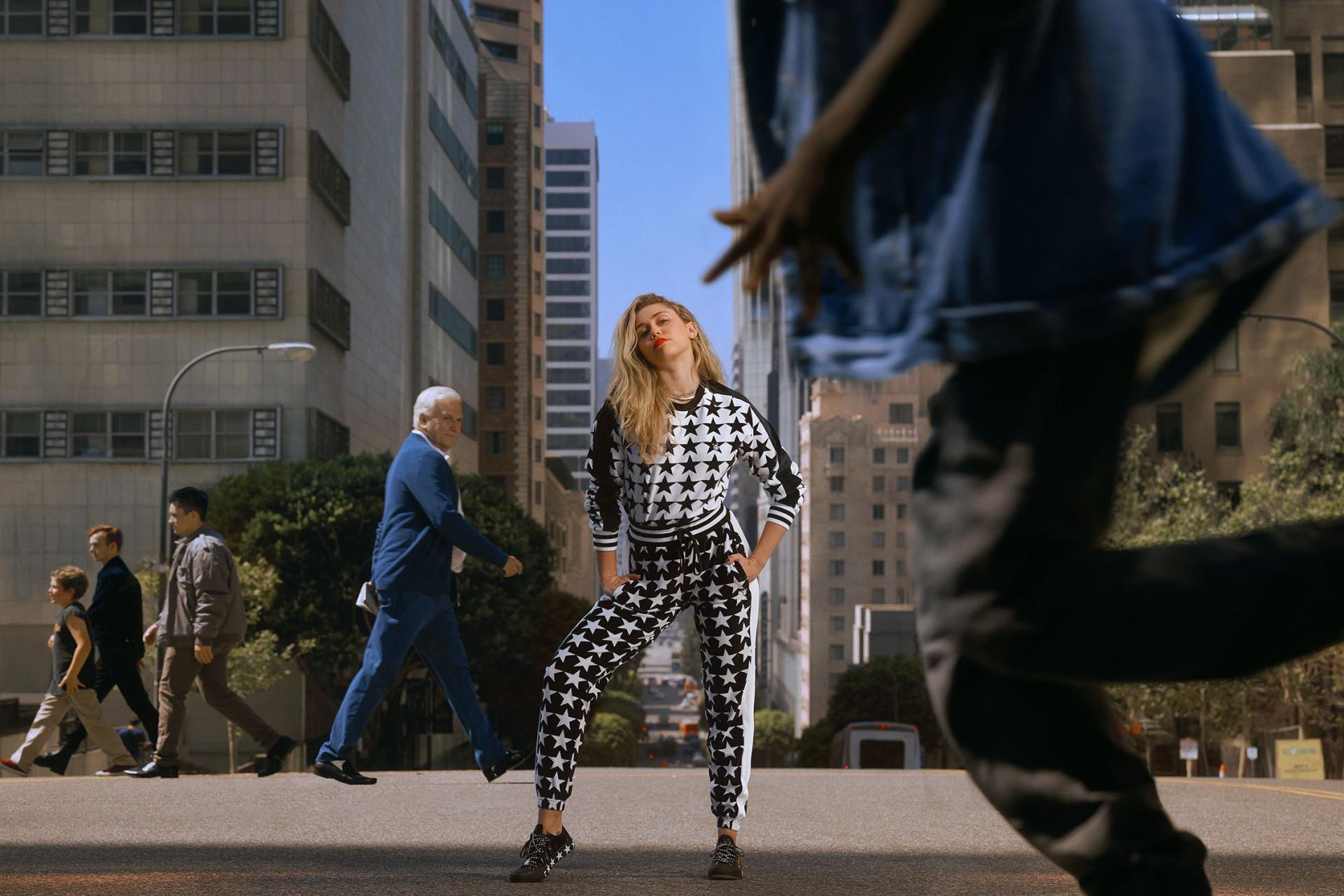 Converse X Miley: Nova coleção ousada é inspirada na cantora