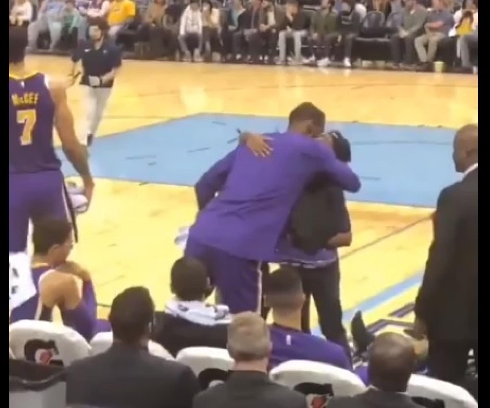 Um dos gestos mais bonitos de LeBron: Uma oferta especial a uma rival