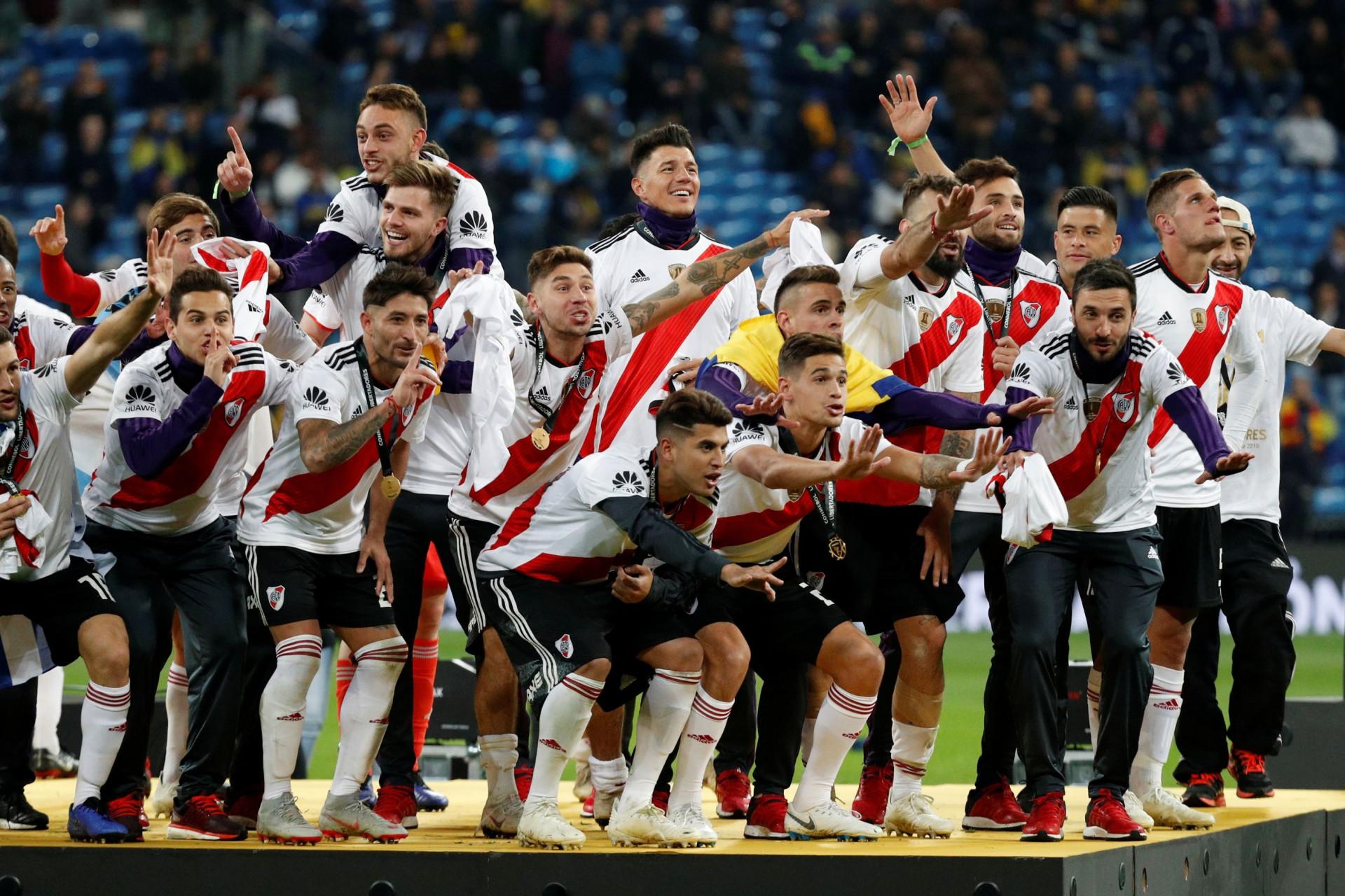 Por fim, o futebol: As melhores imagens da 'louca' final da Libertadores
