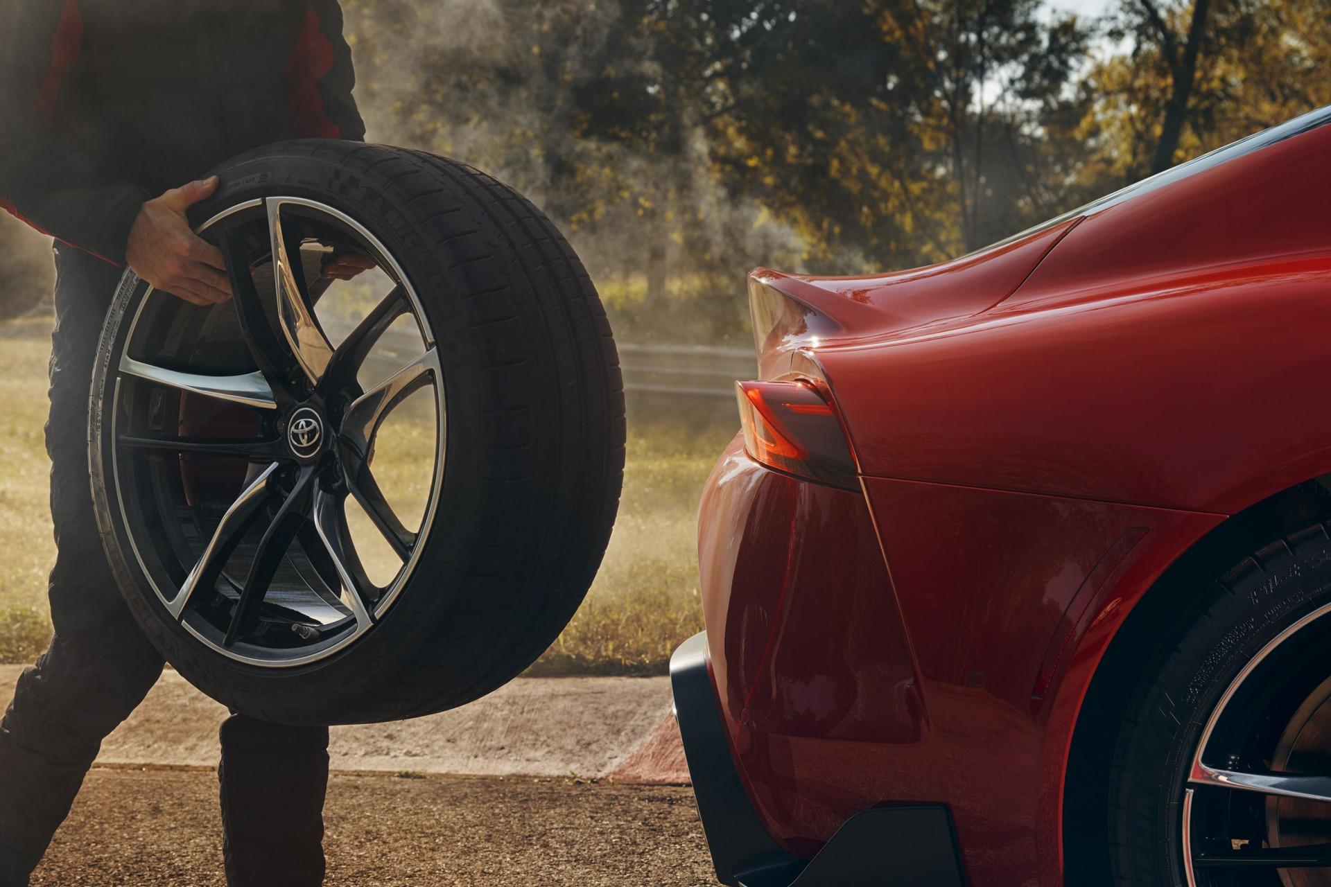 A espera chegou ao fim. Eis o Toyota GR Supra em todo o seu esplendor