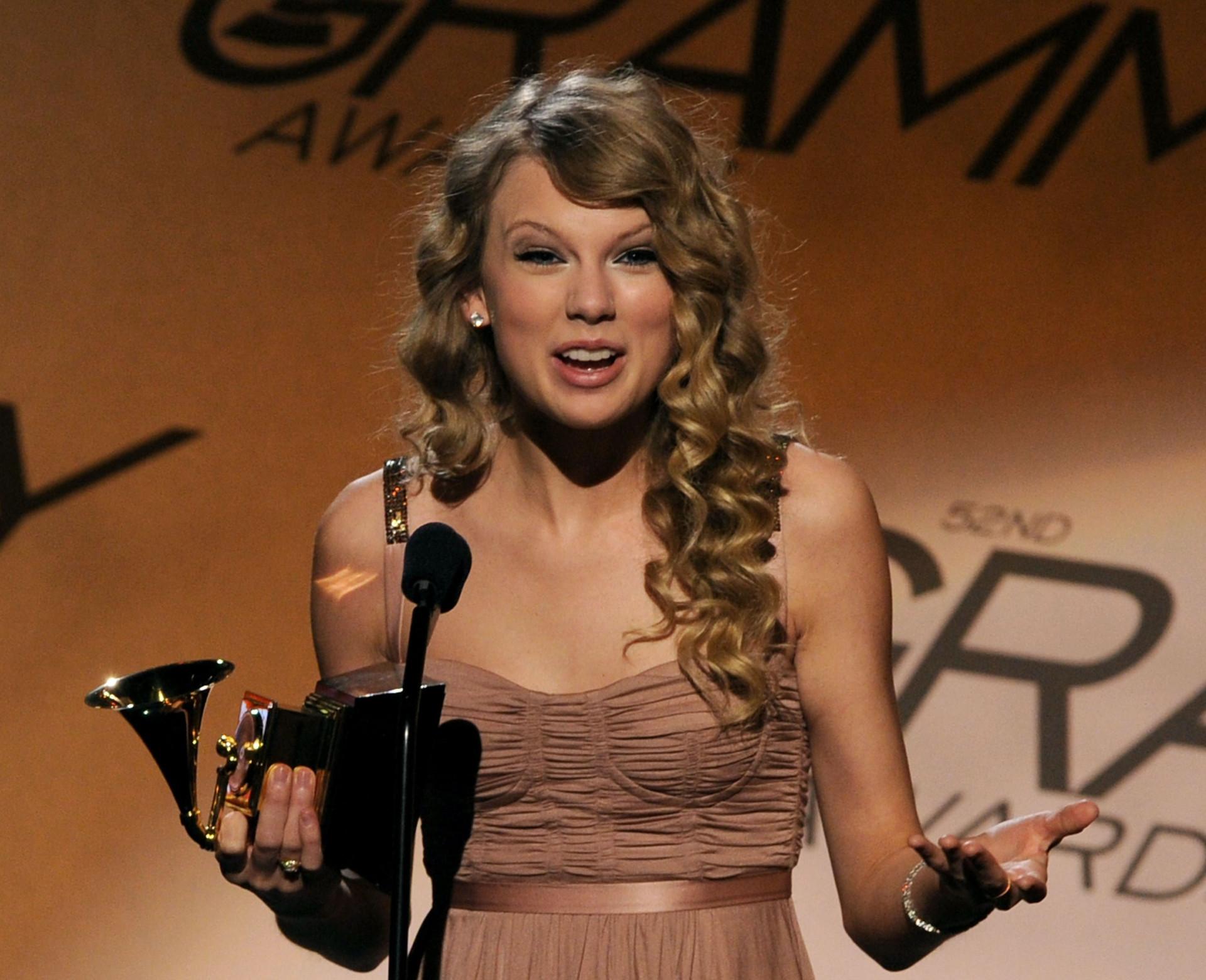 Os artistas mais velhos e os mais novos que já receberam um Grammy