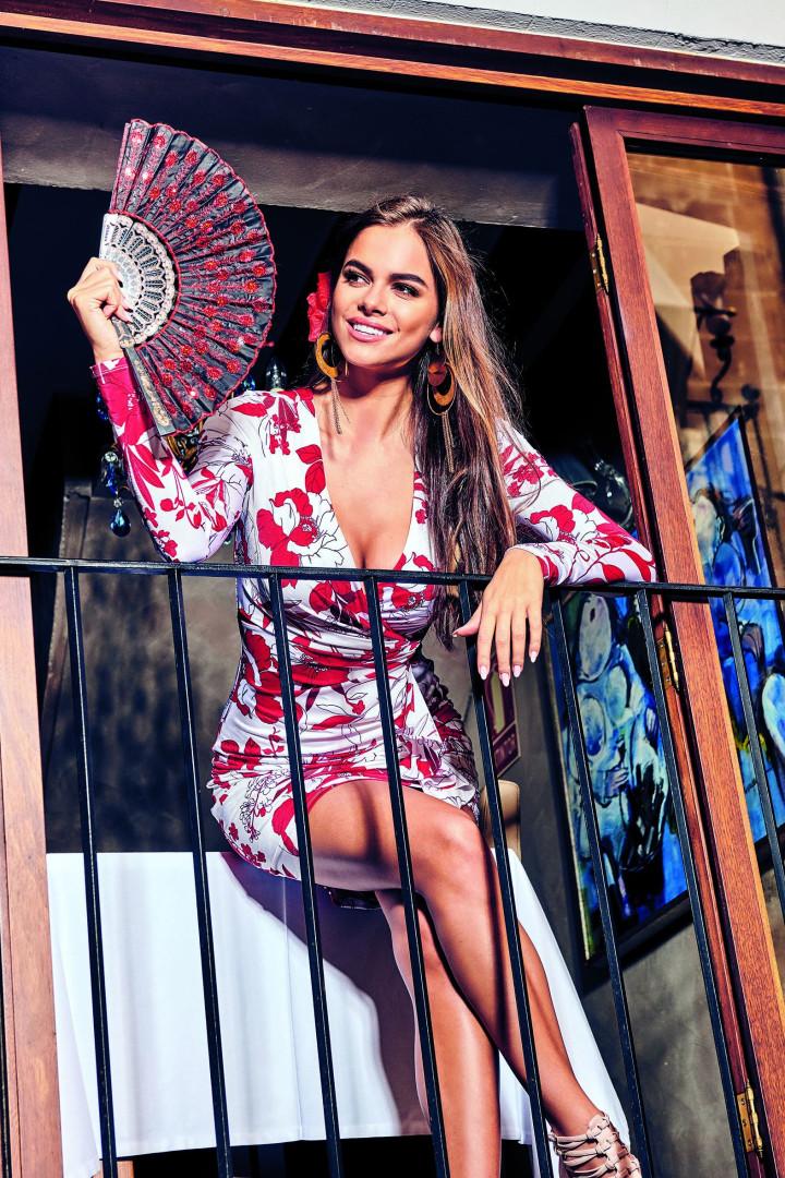 Está calor: Guess apresenta nova coleção sensual e exótica