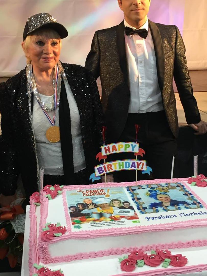 Florbela Queiroz assinala 76.º aniversário em palco