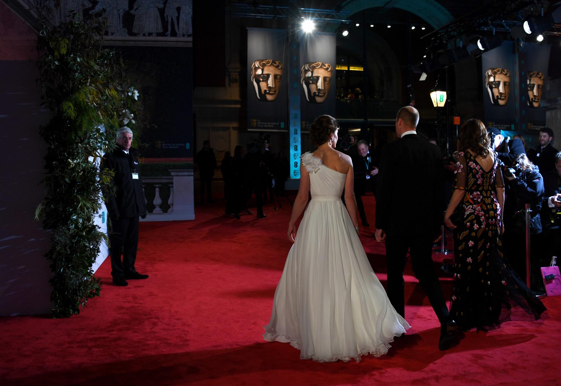 Kate Middleton homenageia princesa Diana nos BAFTA
