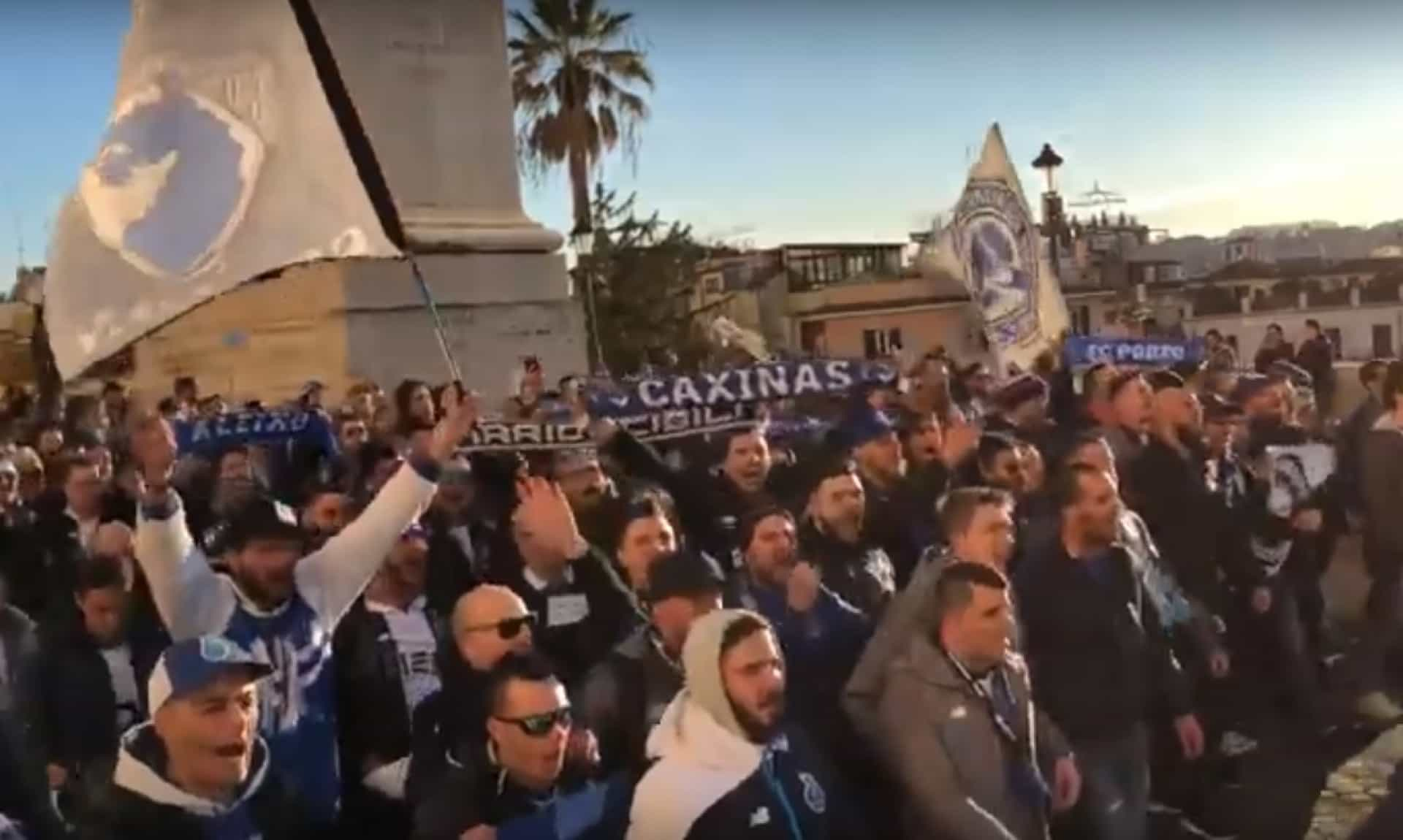 Adeptos do FC Porto 'invadiram' Roma horas antes do encontro da Champions