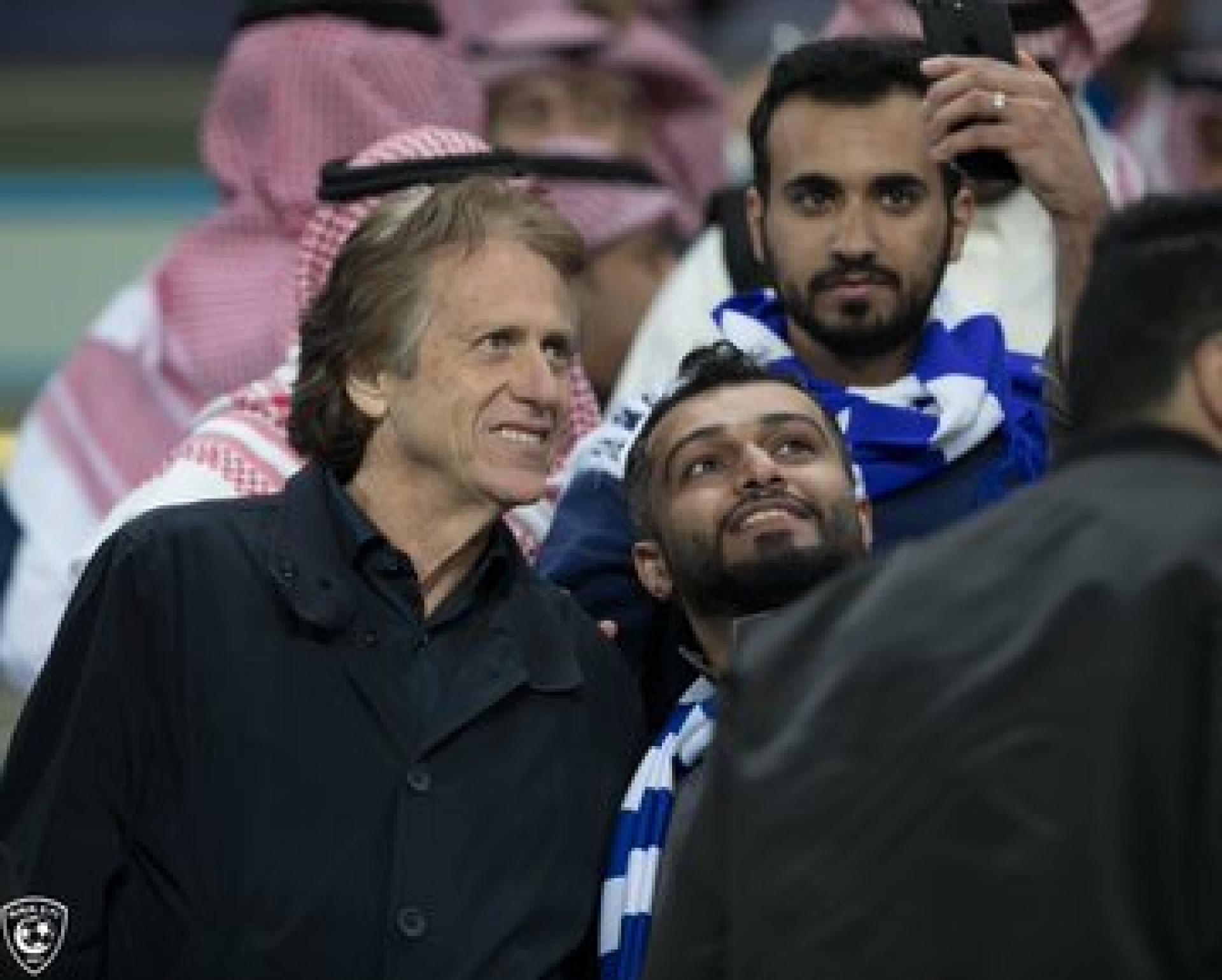 Jorge Jesus foi despedido, mas continua na Arábia Saudita