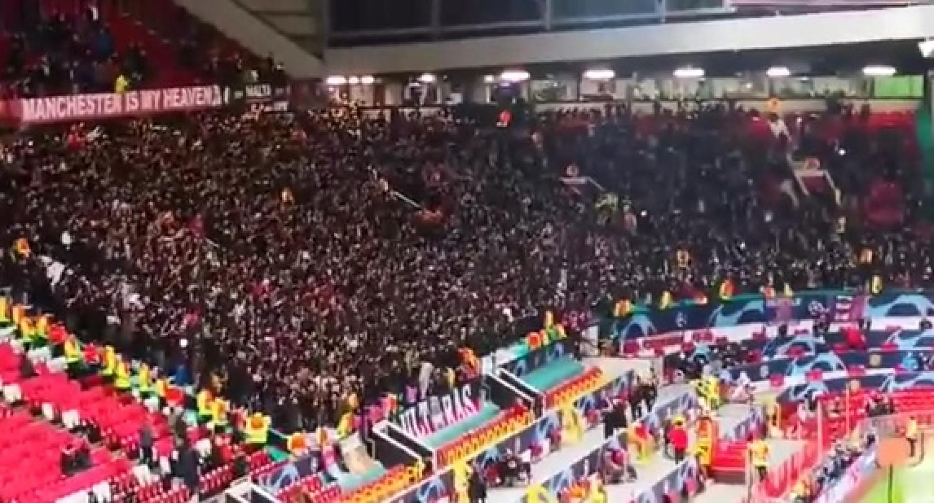 Adeptos do PSG deram espetáculo à parte em Old Trafford