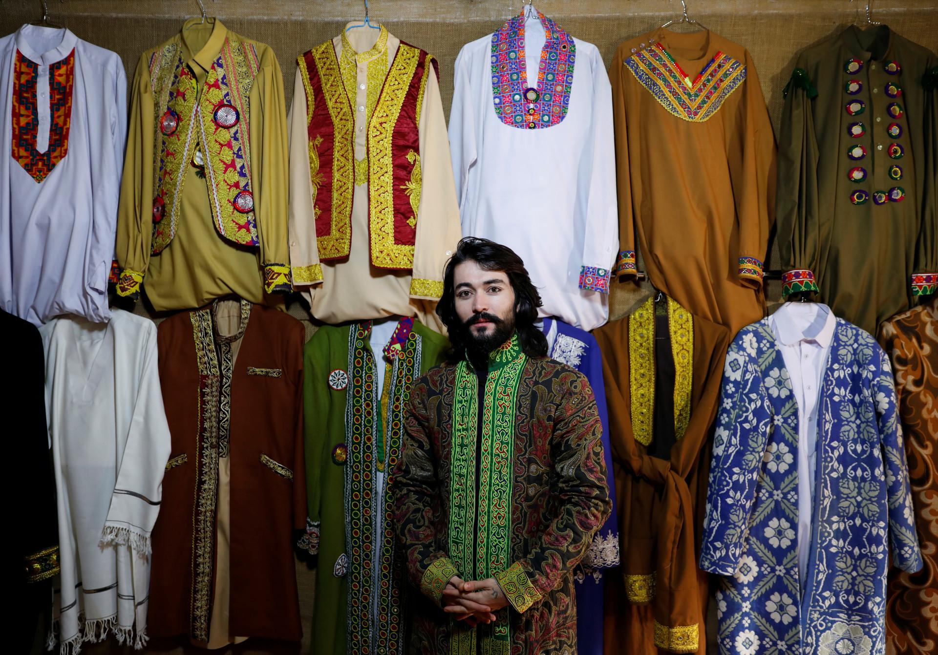 Os jovens afegãos que não querem um regresso ao passado