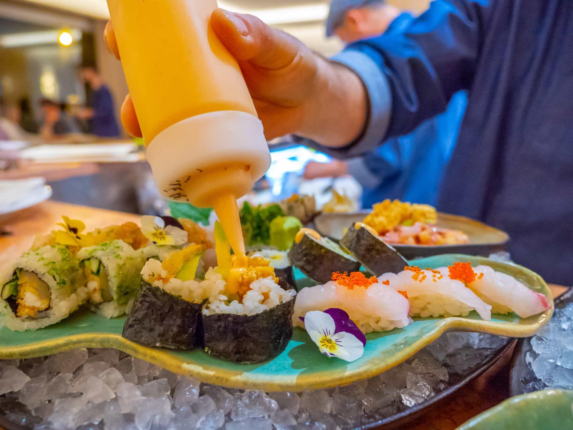 No novo Tsukiji, o chef Paulo Morais continua como peixe na água