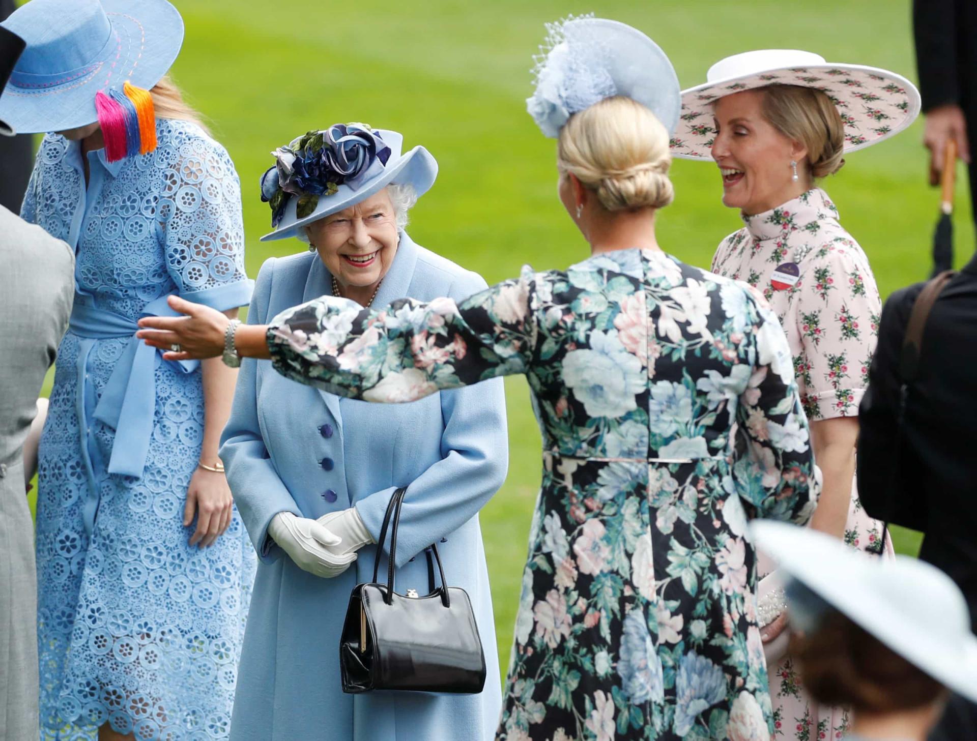 Royal Ascot: O azul foi a cor de destaque nos looks da realeza