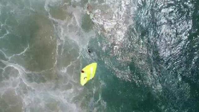 Drone salva pela primeira vez dois banhistas do afogamento