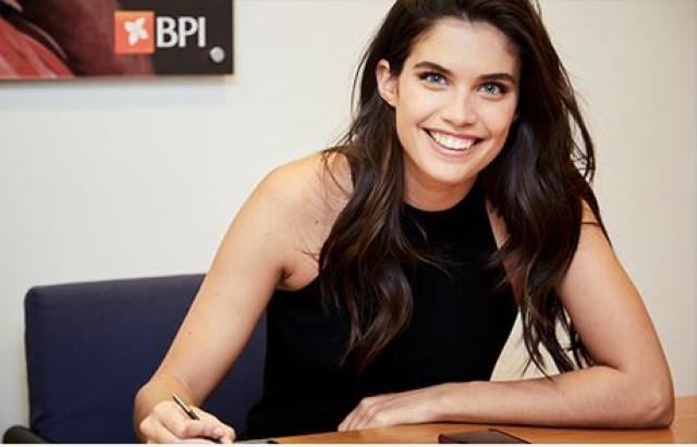 Sara Sampaio dá cara pelo BPI