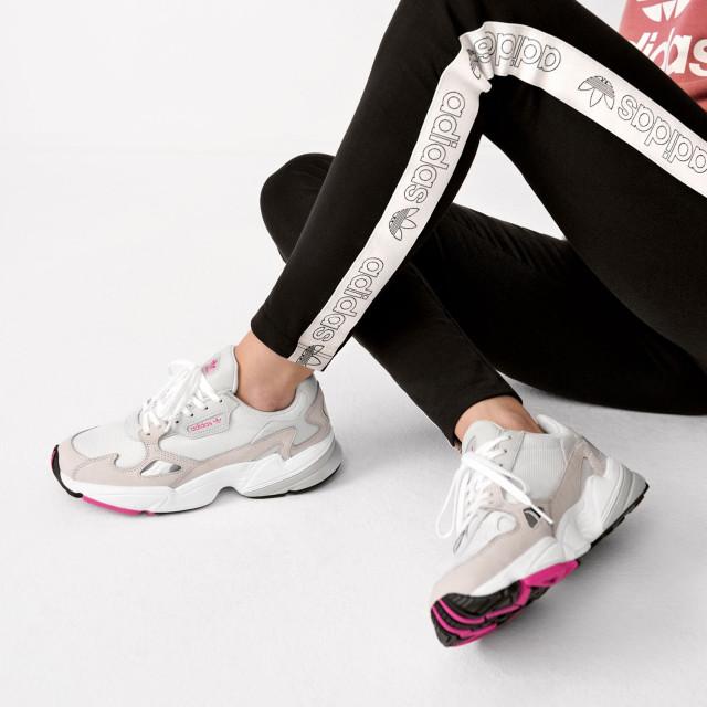 1725aac01db Kylie Jenner é a nova embaixadora da adidas e lança modelo FALCON
