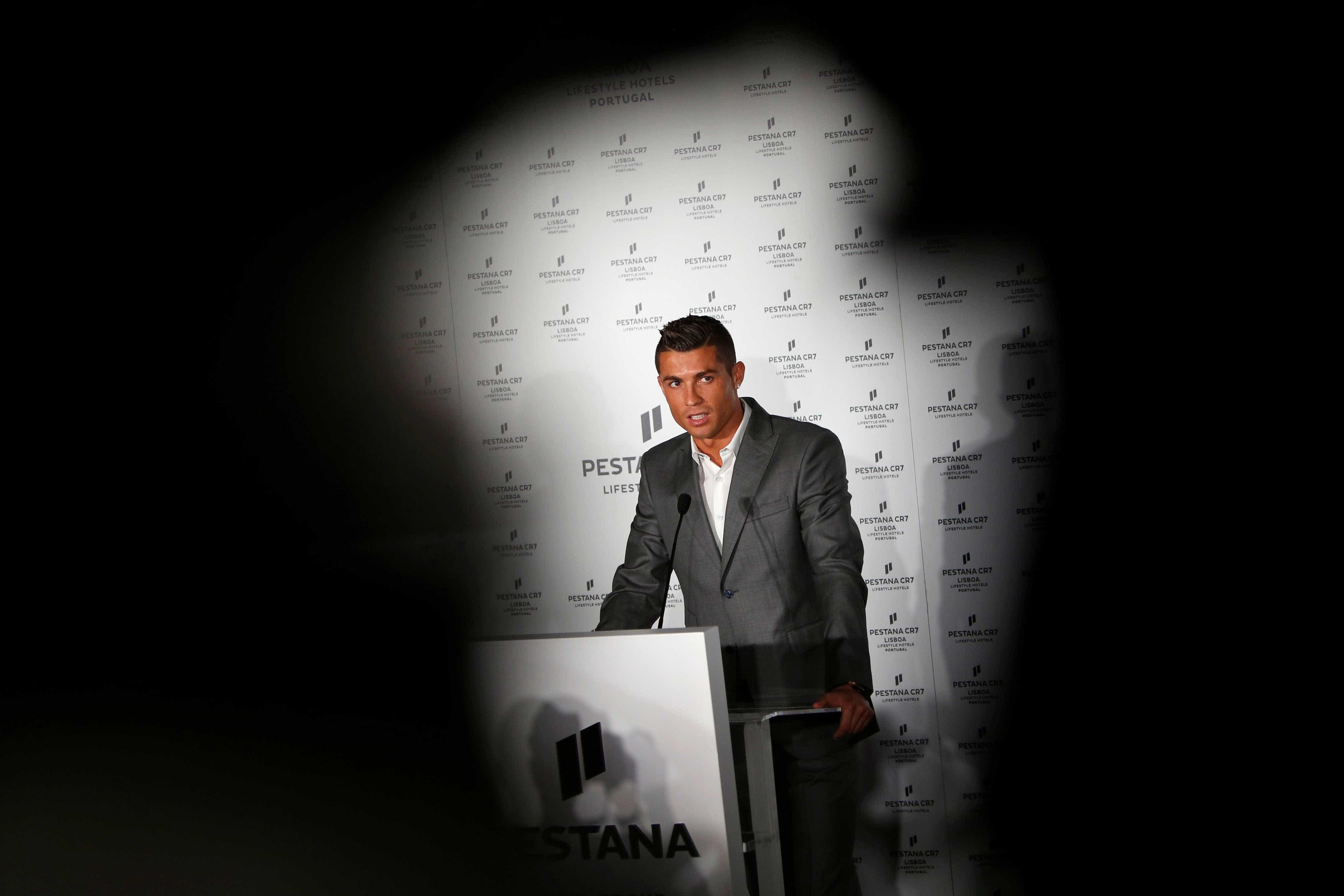 O novo hotel de Ronaldo em Lisboa é o espelho dele próprio -