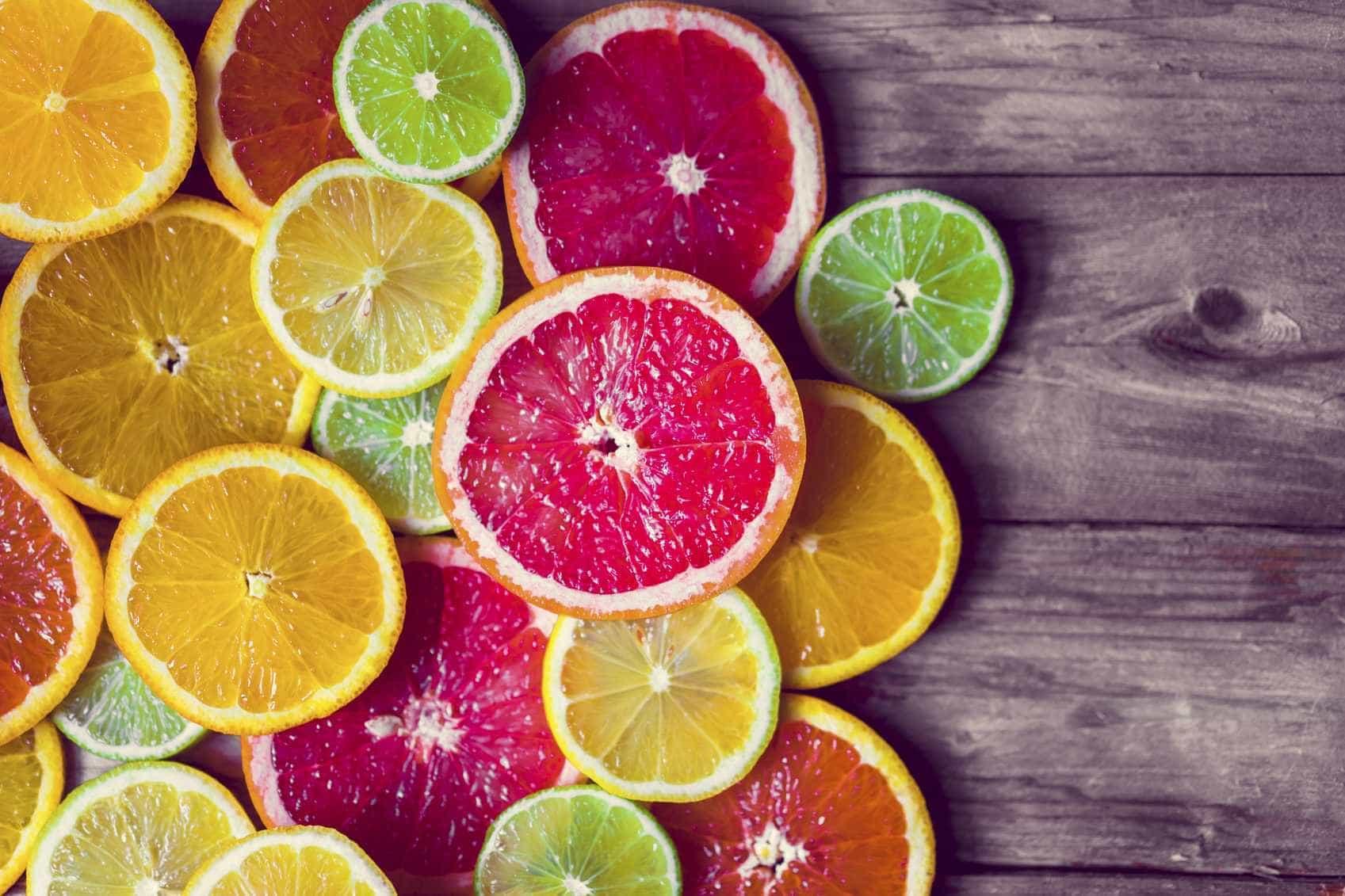Os alimentos que deve evitar para ter uns dentes bonitos