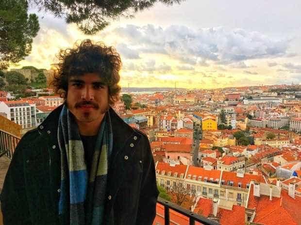 Caio Castro veio a Portugal, mas não para passar férias -
