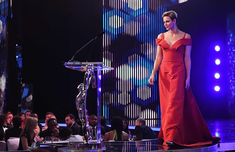 Charlene do Mónaco 'brilha' com vestido de cinco mil euros