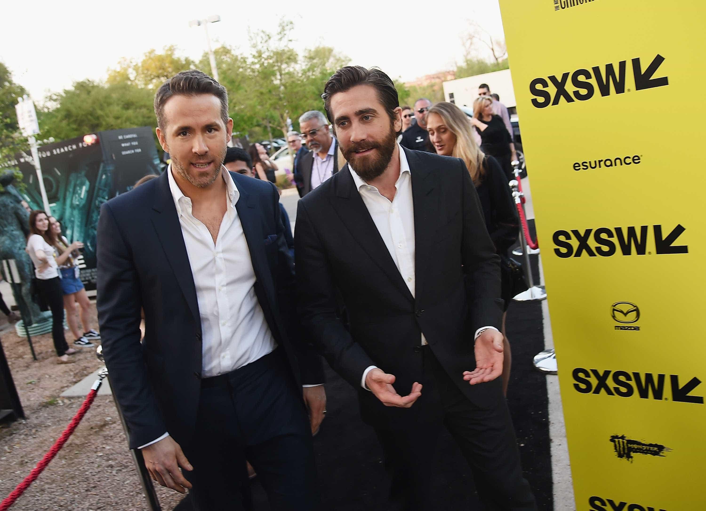 Ryan Reynolds e Jake Gyllenhaal roubam todas as atenções na estreia de 'Life' -