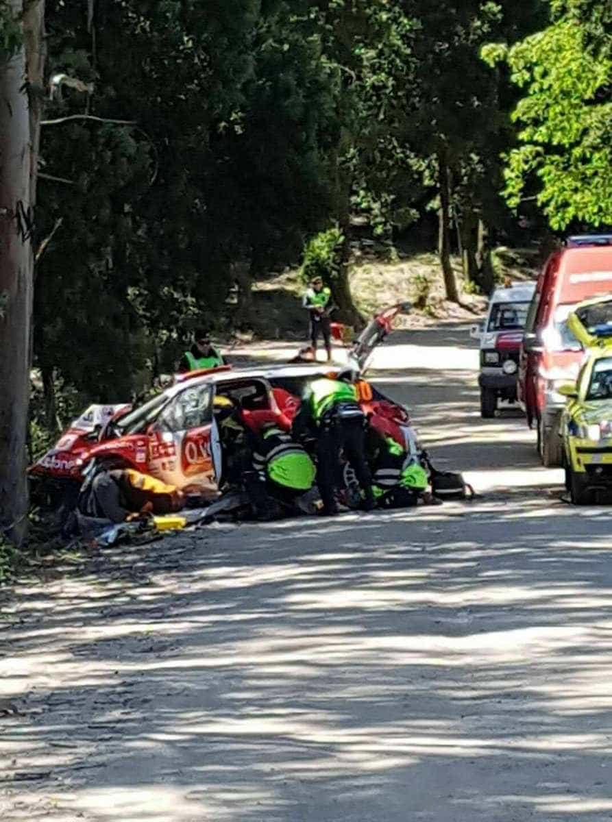 Acidente no Rali de Portugal: José Pedro Fontes e navegadora no hospital